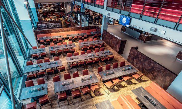 LaOla-Club in der VELTINS-Arena